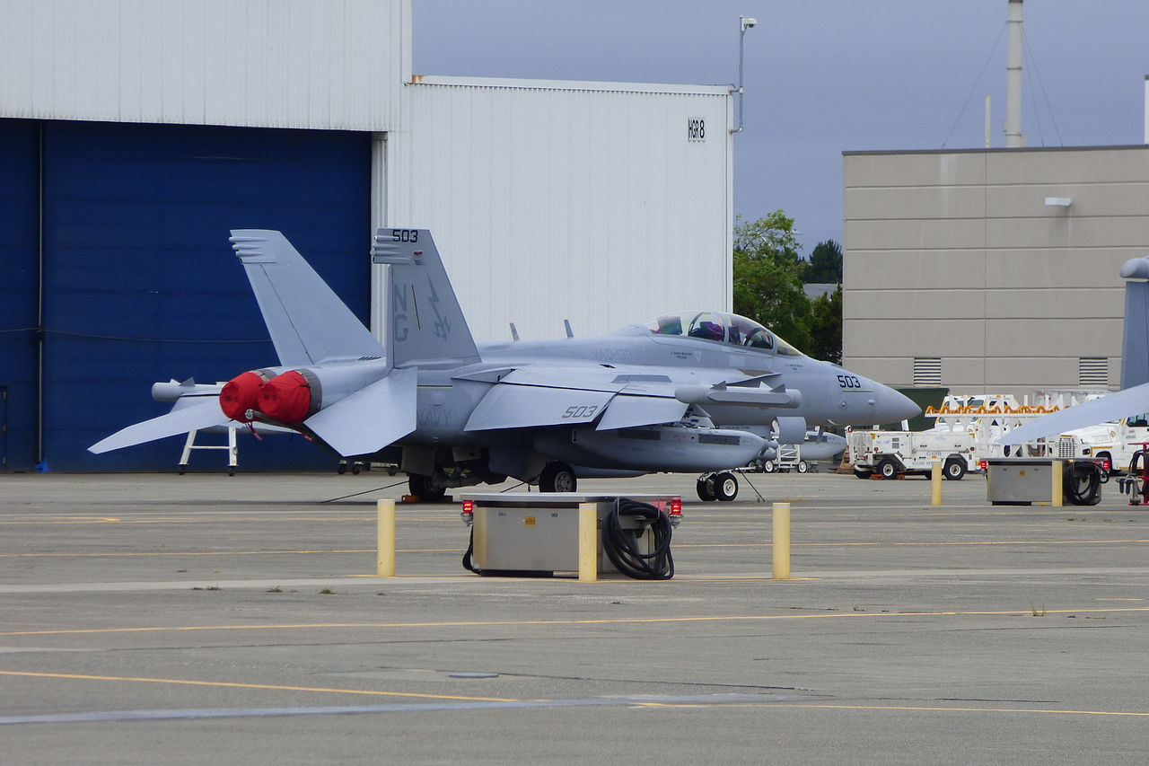 VAQ-133_EA-18G_Growler_at_NAS_Whidbey_Island