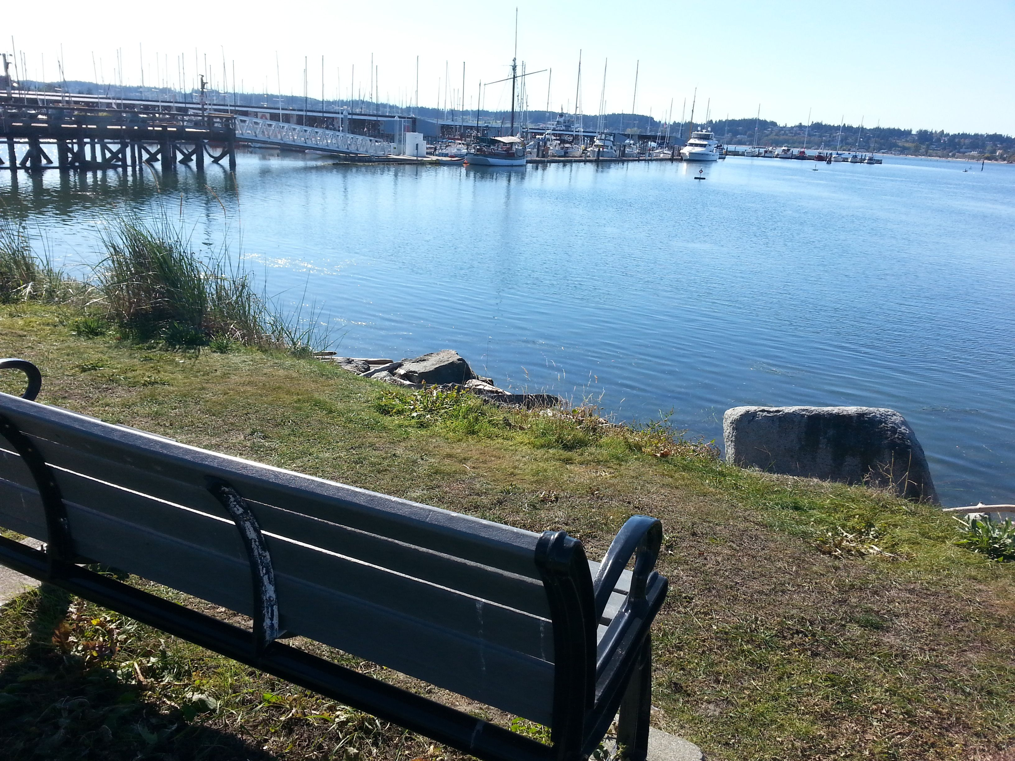 Benches offer the walker a place to rest at Oak Harbor Marina.
