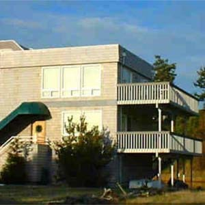 Whidbey island hotels lodging camano island hotels lodging for Beach house look