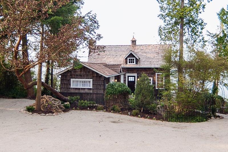 Coupeville-Cliff-House01
