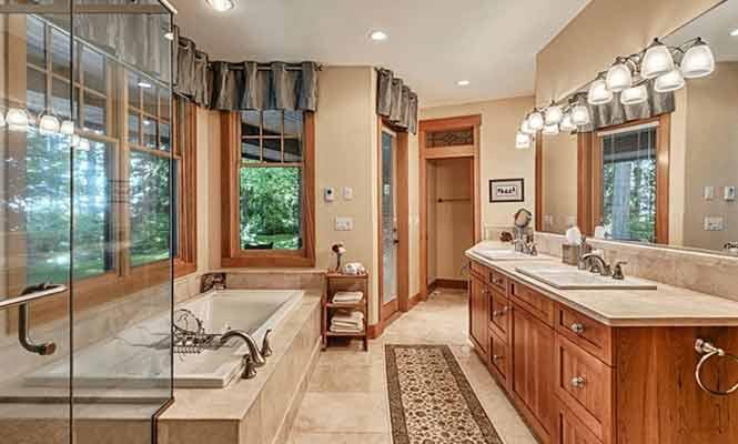 Soaring-Eagle-Lodge-Bathroom