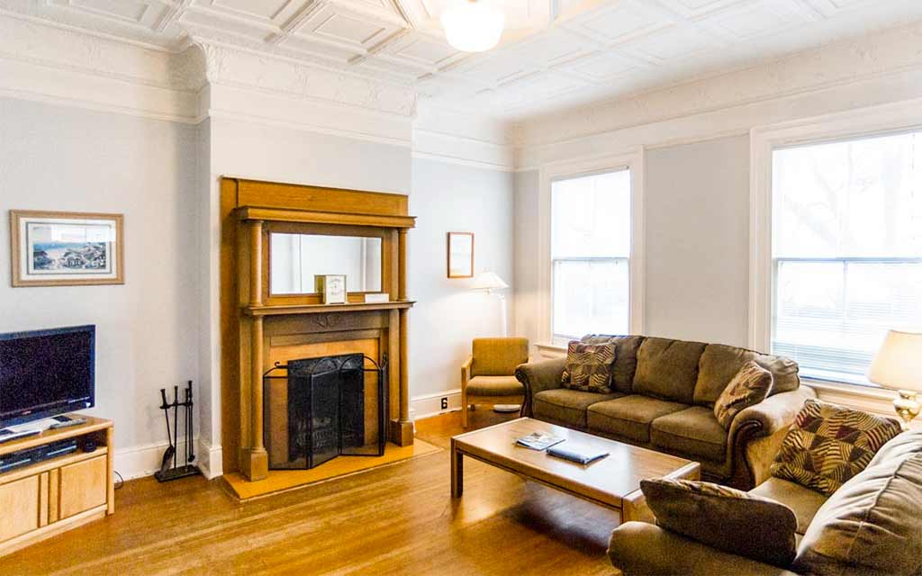 Alumni House West Living Room