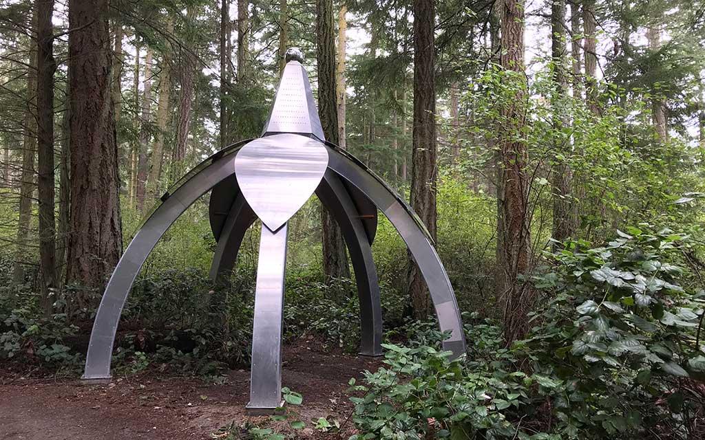 Pentillium-Sculptor Gary Gunderson sculpture Pentillium at Price Sculpture Forest park garden Coupeville Whidbey Island.jpg