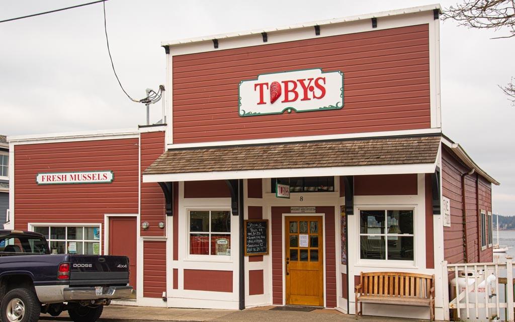 70746 Tobys Tavern 0400