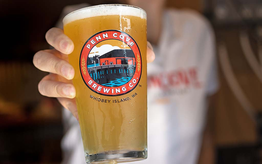 https://whidbeycamanoislands.com/activities/penn-cove-brewing-company/