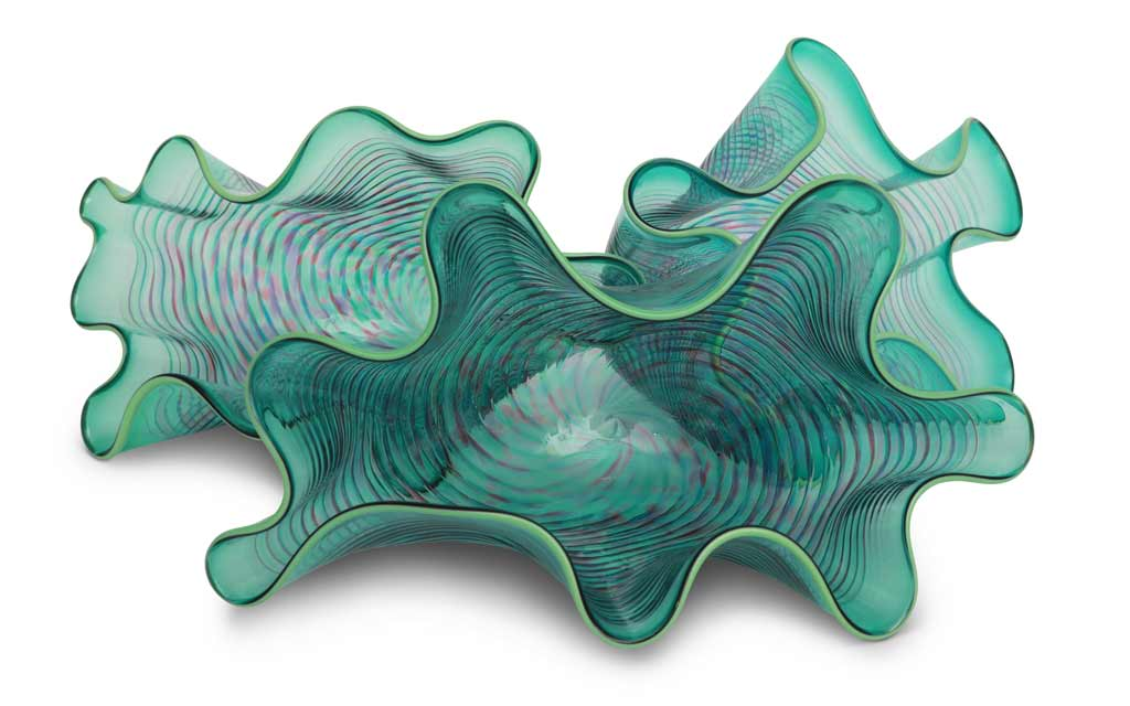 3 Clam Shell Bowls by George Springer Hellebore Glass