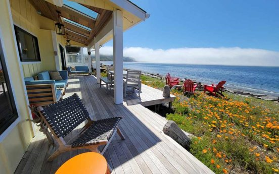Vintage Beach House 01 552x345